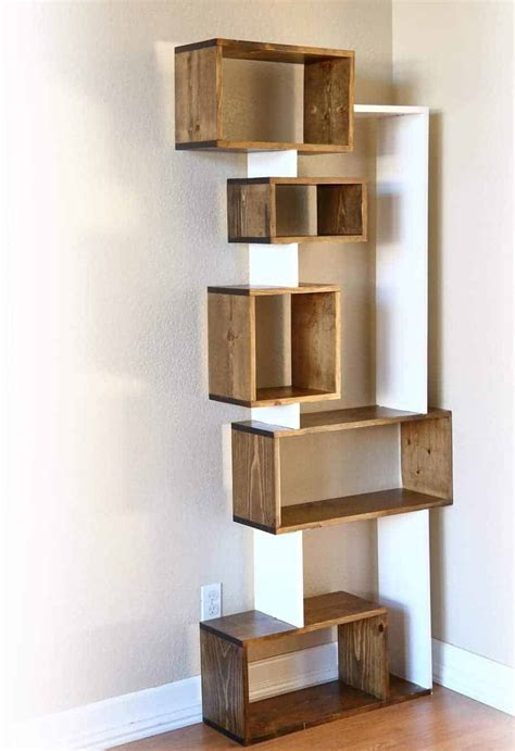 Staggered-Bookshelf-Diy
