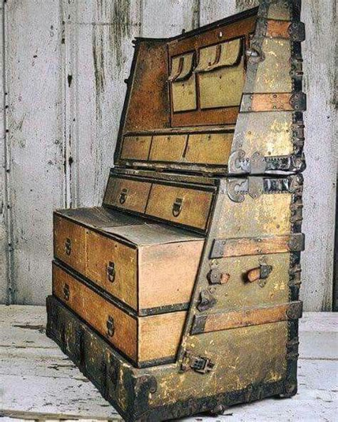 Stand Up Wardrobe Trunk Plans
