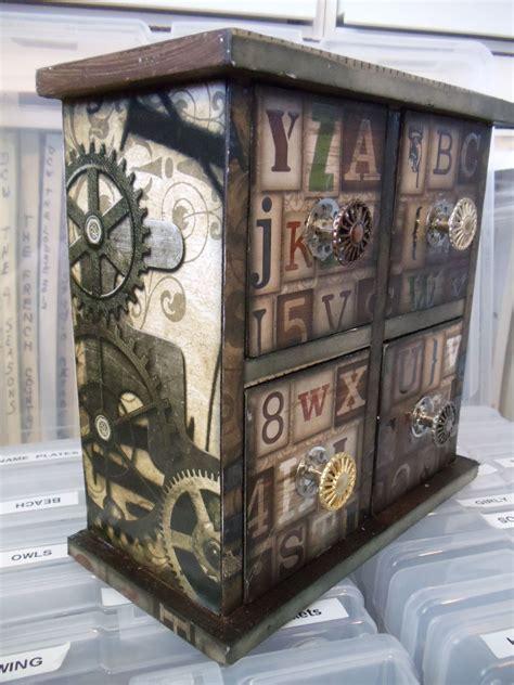 Steampunk-Dresser-Diy
