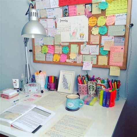 Study-Table-Organization-Diy