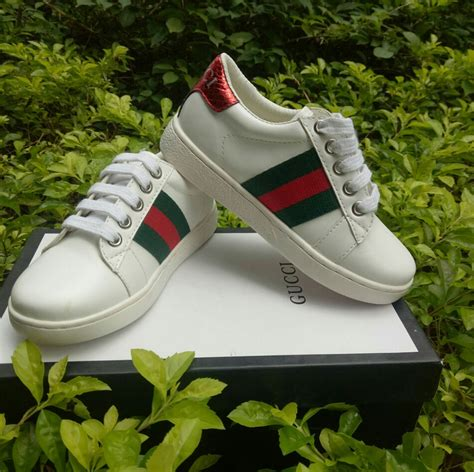Styling Gucci Sneakers