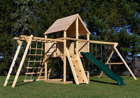 Superstar-Wooden-Play-Yard-Swing-Set-Building-Plans