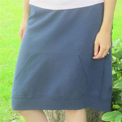 Sweatshirt-Skirt-Diy