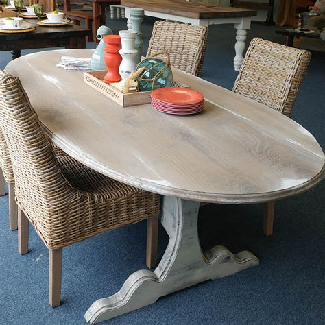 Swedish-Farmhouse-Table