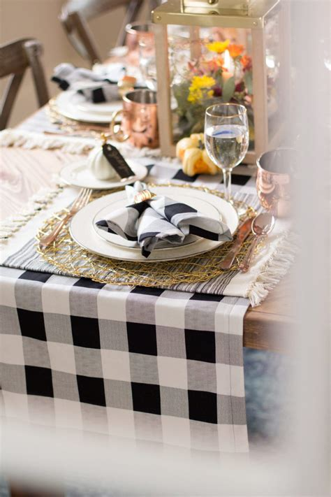 Table Runner And Napkin Diy Crafts
