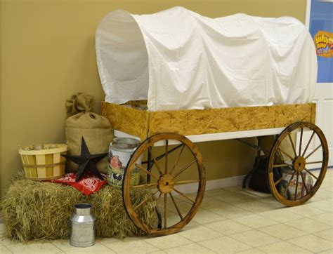 Table-Covered-Wagon-Diy