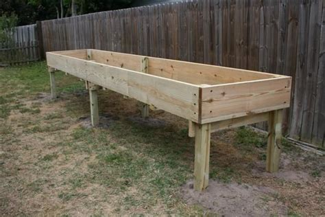 Table-Garden-Bed-Plans