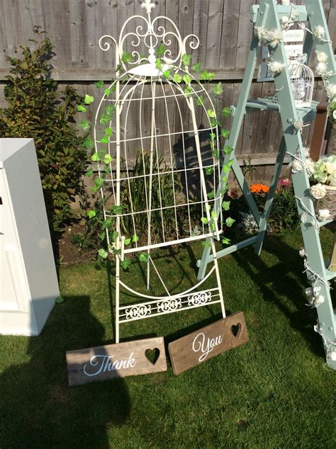 Table-Plan-Holder-Hire