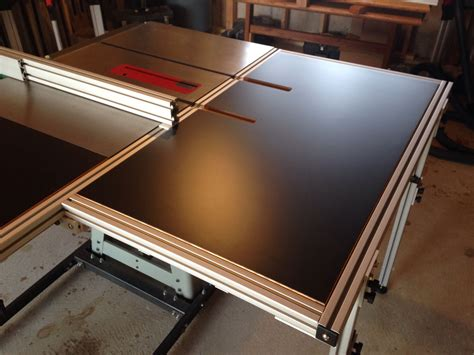 Table-Saw-Folding-Outfeed-Table-Plans
