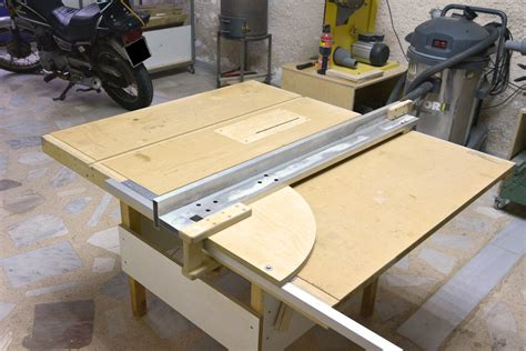 Table-Saw-From-Circular-Saw-Plans