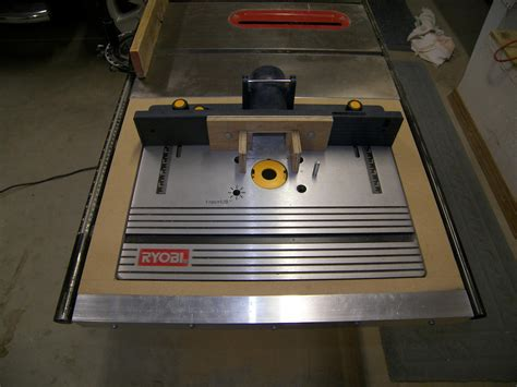Table-Saw-Router-Table-Extension-Plans