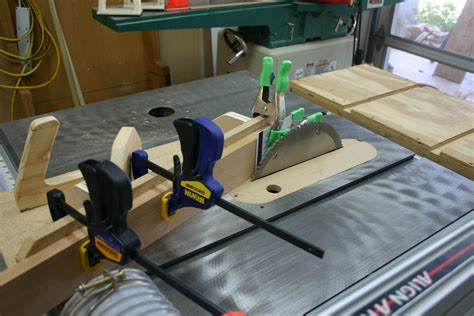 Table-Saw-Scarf-Jig-Plan