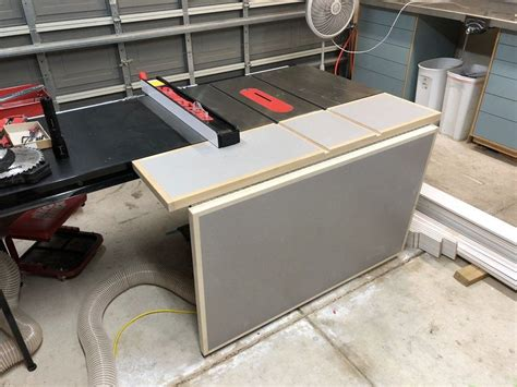 Tablesaw-Outfeed-Table-Bench-Plans