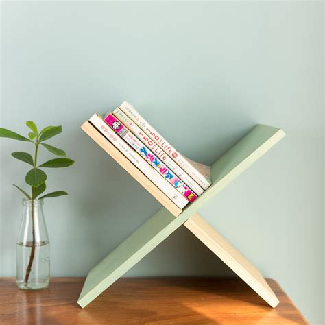 Tabletop-Bookcase
