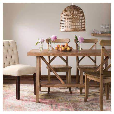 Taget-Farmhouse-Table