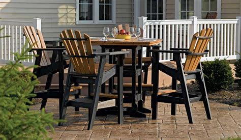 Tall-Adirondack-Chair-And-Table-Set