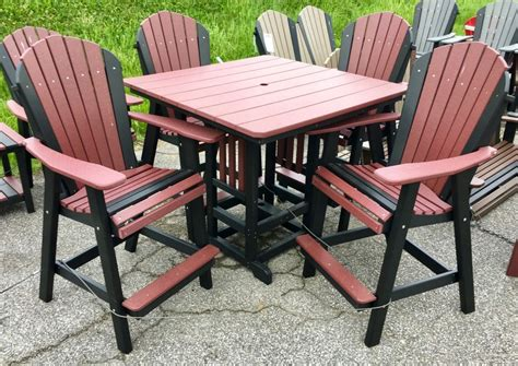Tall-Adirondack-Chairs-And-Table