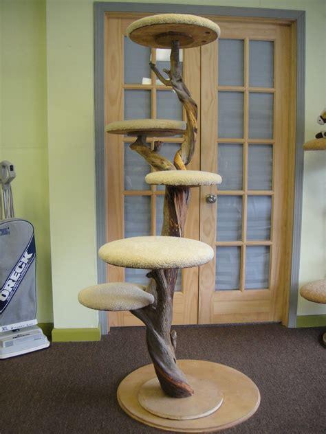 Tall-Cat-Tree-Diy