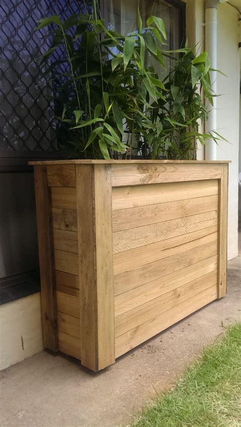 Tall-Planter-Box-Diy