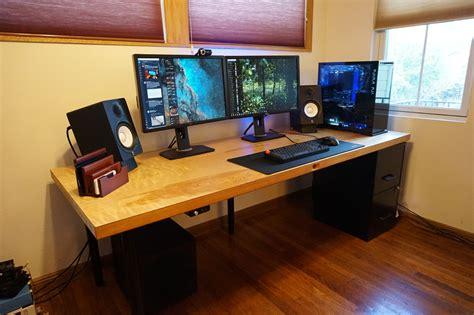 Tech-Desk-Diy
