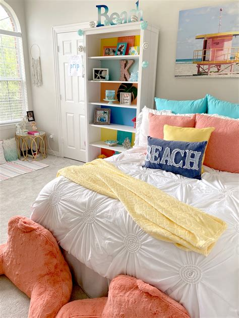 Teenage-Girl-Beachy-Bedroom-Ideas