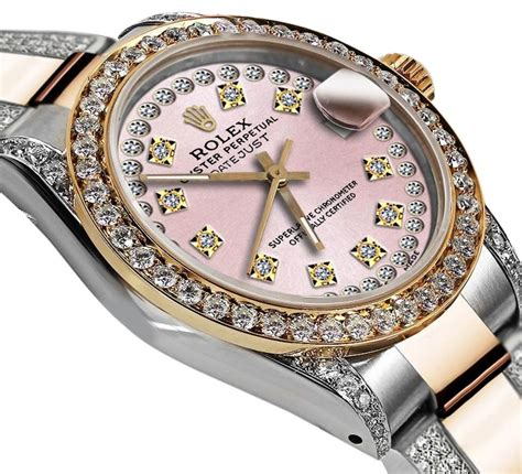 The Unmistakable Style of a Woman's Diamond Watch