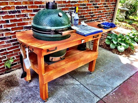 The-Big-Green-Egg-Large-Table-Plans