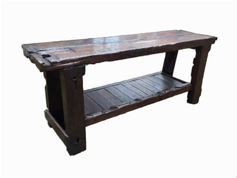 Thick-Farmhouse-Hallway-Table