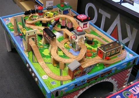 Thomas-Train-Table-Plans-Free