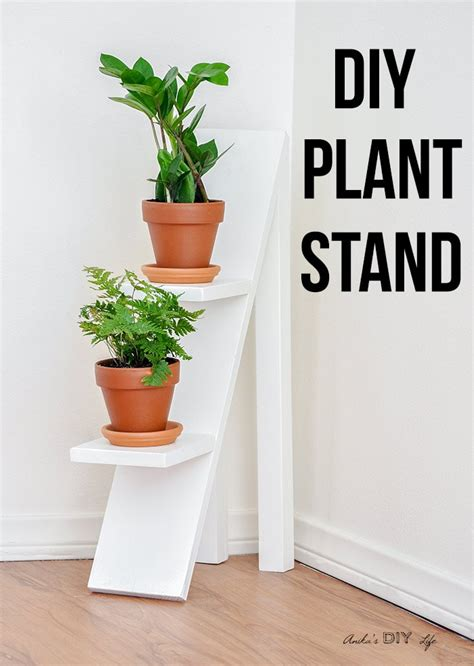 Tiered-Wooden-Plant-Stand-Diy