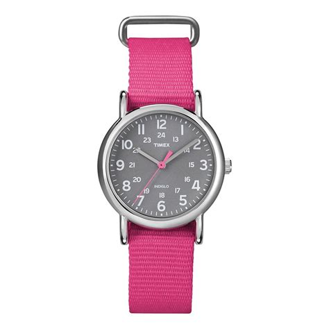 Timex Weekender Slip Through Mid Size - Pink