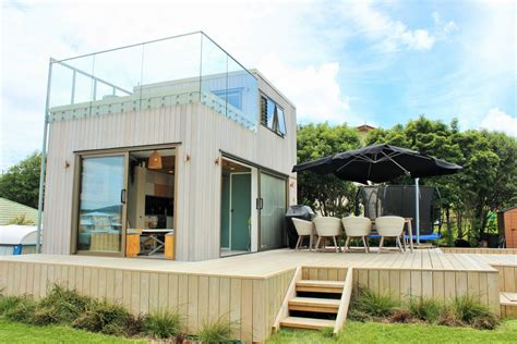Tiny-House-Plans-With-Roof-Deck