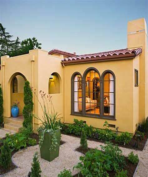 Tiny-Spanish-Style-House-Plans