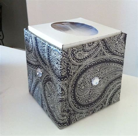Tissue-Paper-Holder-Box-Diy