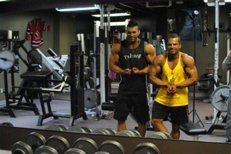 [pdf] To Avoid Critical Muscle Building Mistakes Check Out .