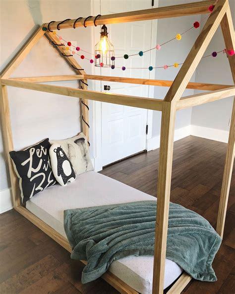 Toddler-House-Bed-Diy-Plans