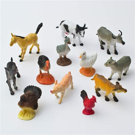 Toy Miniature Barns And Farm Animals