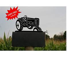 Best Tractor mailbox toppers