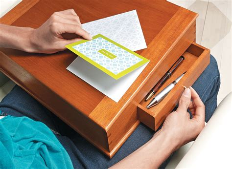 Traditional-Desk-Woodworking-Plans