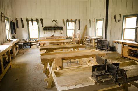 Traditional-Woodworking-School