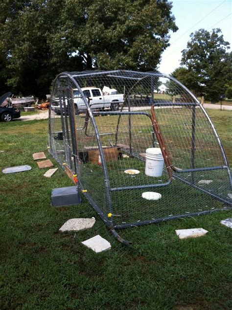 Trampoline-Chicken-Coop-Diy