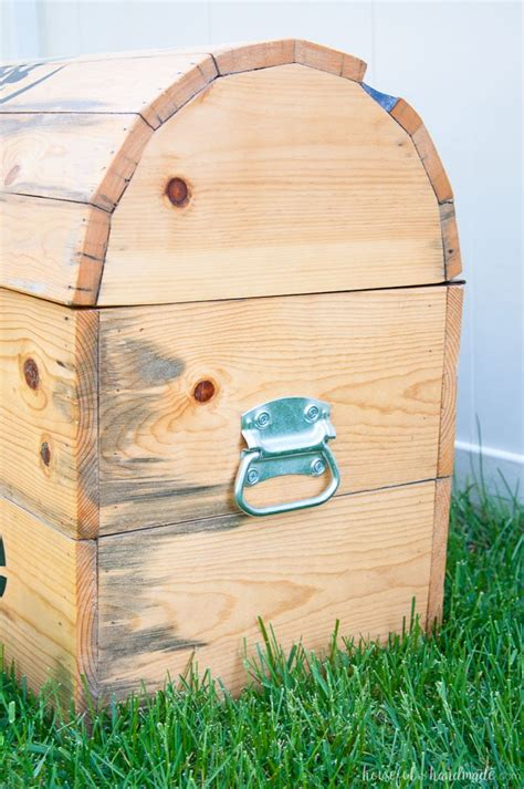 Treasure Chest Toy Box Diy