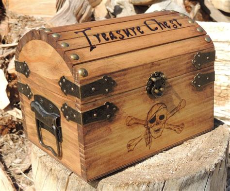 Treasure Chest Wood Paper Design