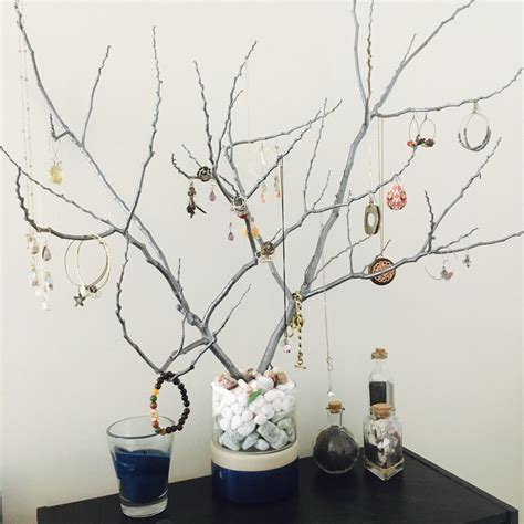 Tree Branch Jewelry Stand Diy Halloween