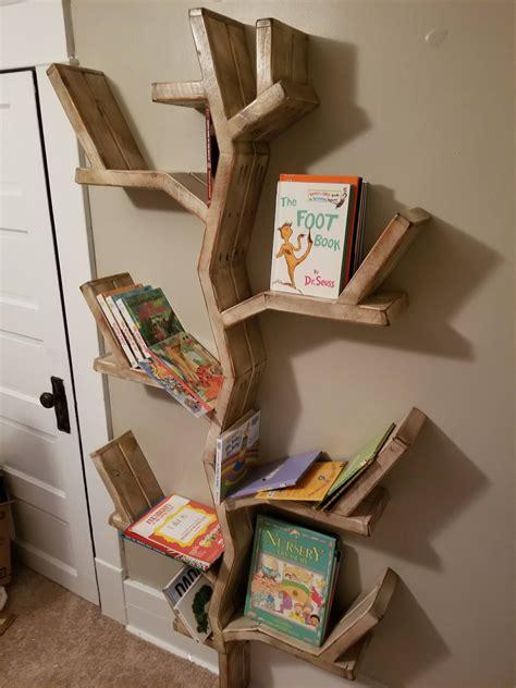 Tree-Bookshelf-Diy