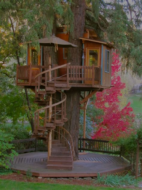 Treehouse-Spiral-Staircase-Plans