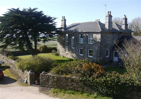 Tregurnow-Farmhouse-Bed-And-Breakfast