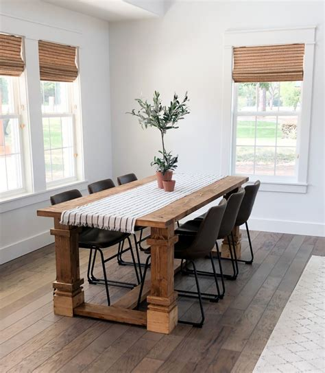 Trendy-Diy-Farmhouse-Kitchen-Table