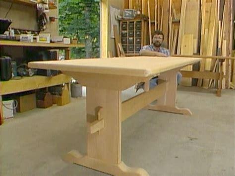 Trestle-Kitchen-Table-Plans