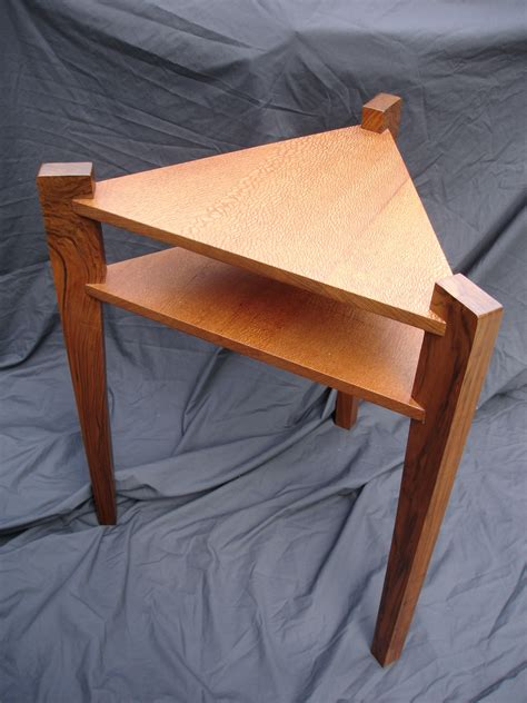 Triangle-End-Table-Diy